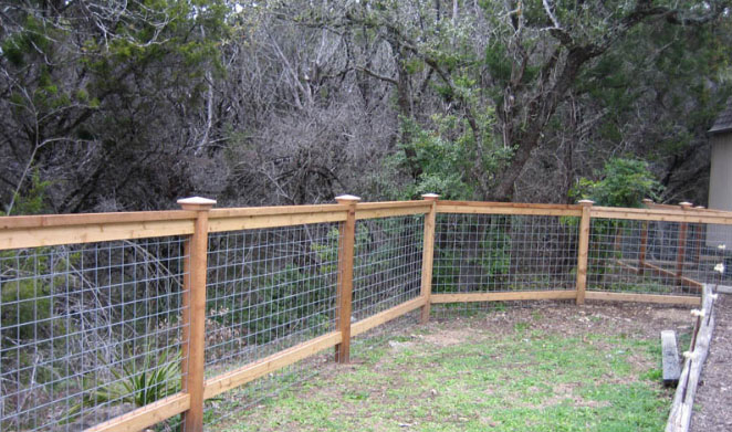4 foot tall cedar cattle panel fencing