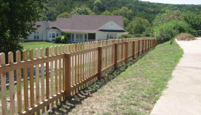 4 foot tall cedar picket fence