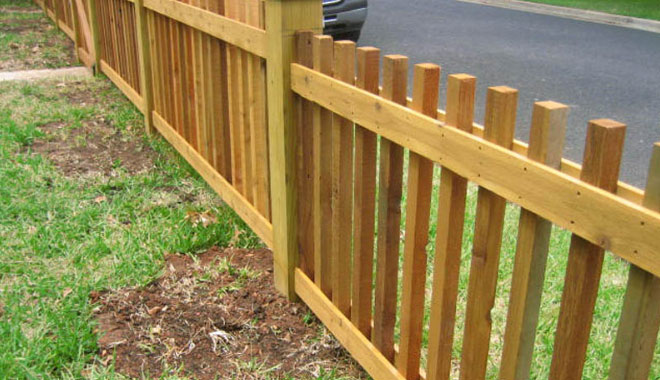 custom cedar picket fence